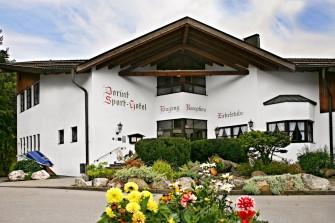 Dorint Sporthotel - Urlaub am Fuße der Zugspitze