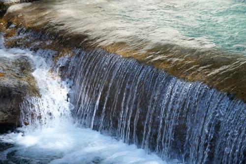 Das rätselhafte  Element Wasser